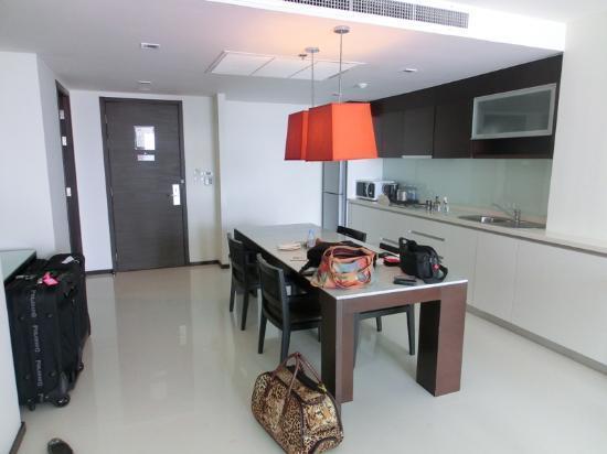 Anantara Sathorn Bangkok Hotel: Anantara Bangkok Sathorn Kasara Suite 3504