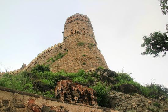 Kumbhalgarh Fort: Imposing monument of the birthplace of Maharana Pratap