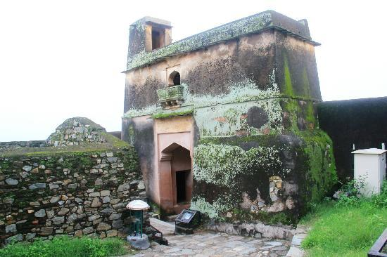 Kumbhalgarh Fort: Every layer of moss speaks a tale of valor of a battle fought around this gate
