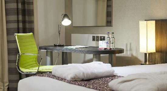 Holiday Inn London - Whitechapel: Standard Bedroom