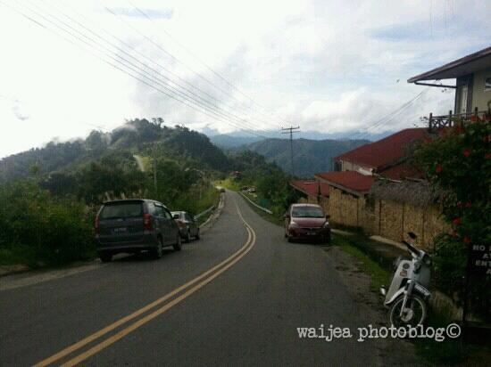 Kasih Sayang Health Resort: main road