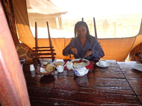 Amani Mara Camp: meal time