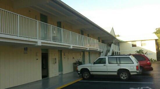Howard Johnson Inn - Vero Beach / Downtown : vorderansicht
