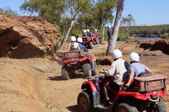 Kalbarri Quadbike Safaris: Ride on
