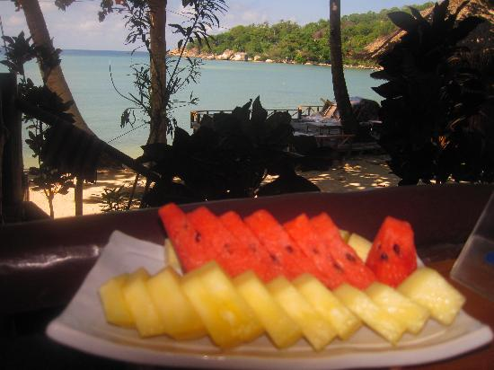 JP Resort: Delicious fruit platter from restaurant patio overlooking beach