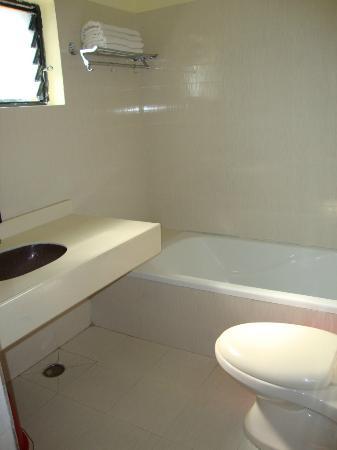 Pokhara Village Resort Bathroom
