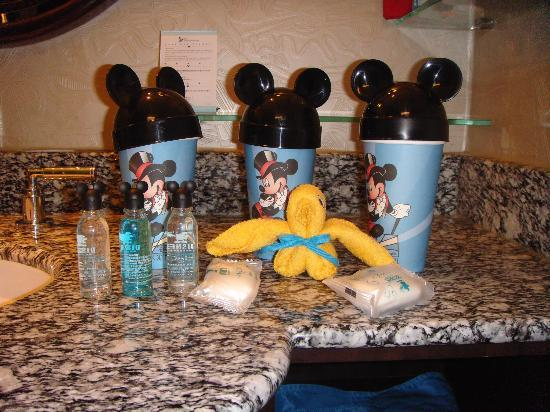 Disney's Hollywood Hotel: Nicely themed amenities