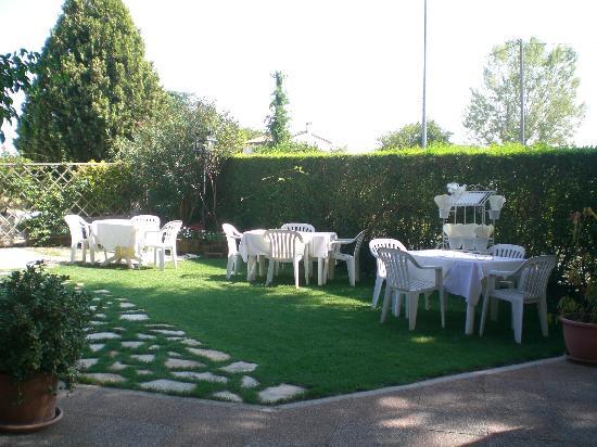 La Costa: giardino estivo