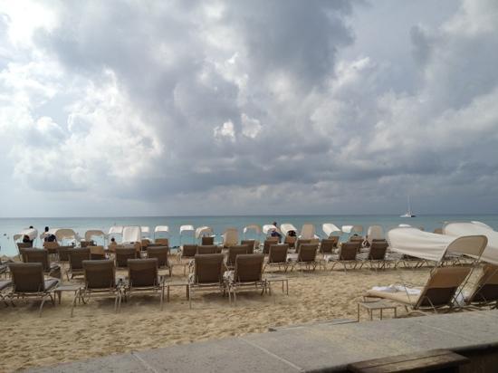 The Ritz-Carlton, Grand Cayman: 7 mile beach at the Ritz