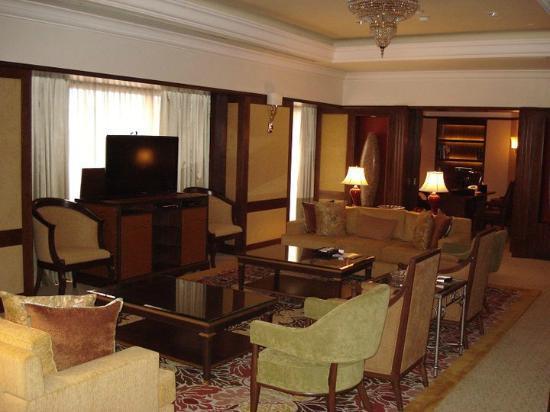โรงแรม เชอราตันอิมพีเรียล กัวลาลัมเปอร์: Main Living Room