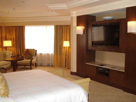 Sheraton Imperial Kuala Lumpur Hotel : Master Bedroom
