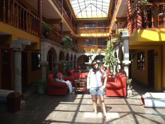 Hotel Munay Wasi: patio muito bonito