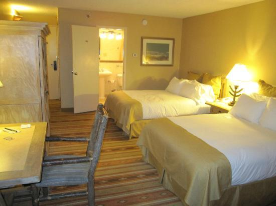 Hotel Albuquerque at Old Town: Tenth floor guestroom