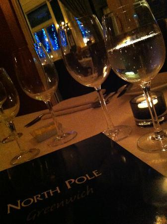 North Pole Piano Restaurant : fine dining without the price!