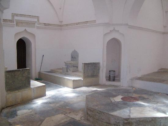 Great Hamam : First chamber