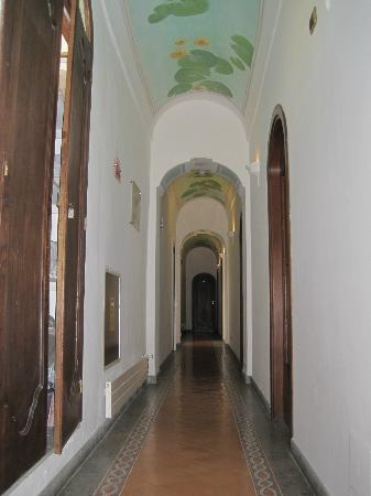 Hotel Miramare: Hall to the Rooms