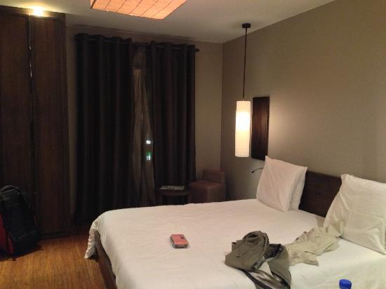 Le Louvre Hôtel & Spa : bedroom