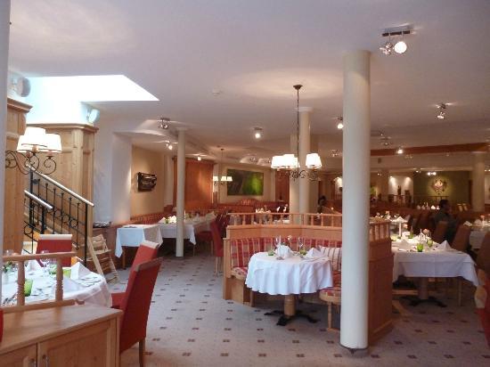 Hotel Kaiserhof Kitzbühel: Dining area