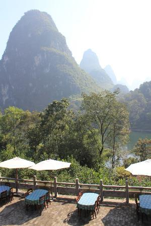 Li River Resort: Dining Area and view