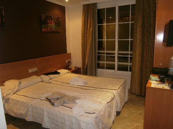 Sanz Hotel