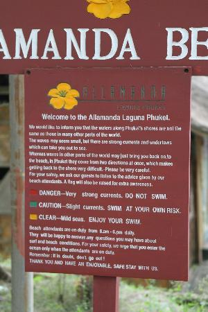 Allamanda Laguna Phuket: Warning sign by the beach