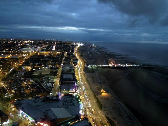 Blackpool, UK: bei Nacht