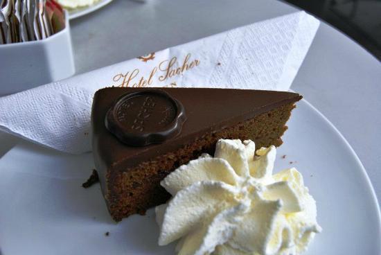 Hotel Sacher Wien: La celeberrima sacher torte!