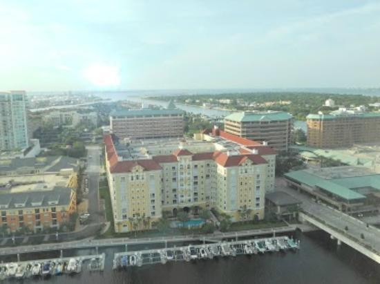 Tampa Marriott Waterside Hotel & Marina: View from Room