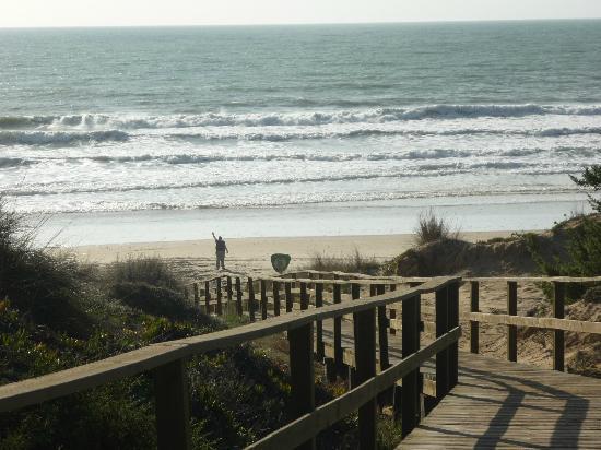 Melia Sancti Petri: Acceso a la playa desde el Hotel