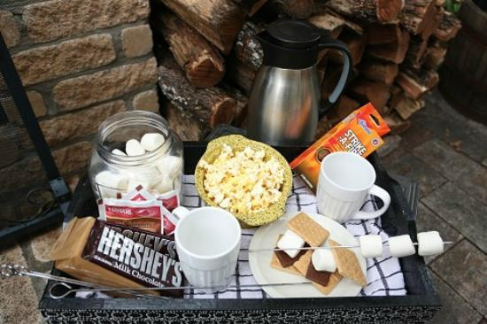 O'Casey's Boutique Inn: Smores Package