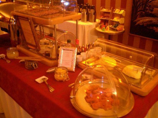 Hôtel Le Manoir de la Poterie & Spa : le petit dejeuner