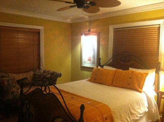 Ed Lugo Resort: 1. Schlafzimmer