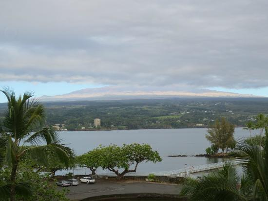 ‪‪Castle Hilo Hawaiian Hotel‬: view from 522