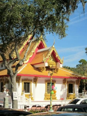Wat Mongkolrata Temple : Beautiful Temple