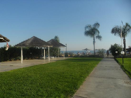 St Raphael Resort: grounds near beach