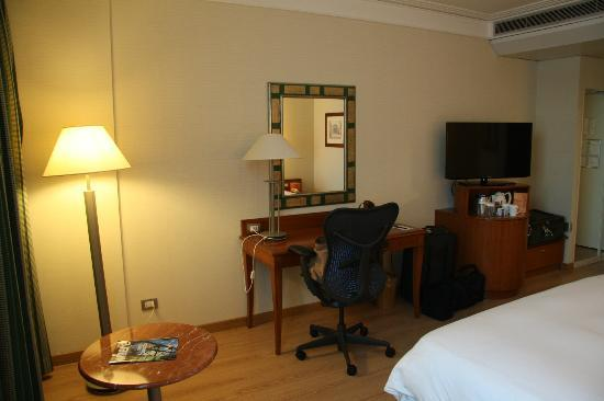 Hilton Rome Airport Hotel: Standard Room