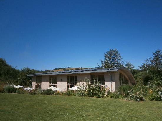 The Riverford Field Kitchen: A Summer's Day at the Field Kitchen
