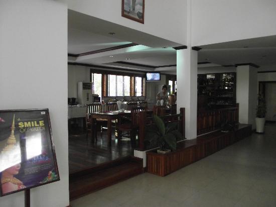 Cheathata Angkor Hotel: Restaurant area