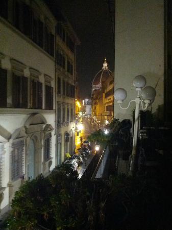 Hotel Balcony: vista notturna dal balcone