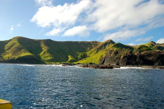Blue Lagoon Beach Resort: The island