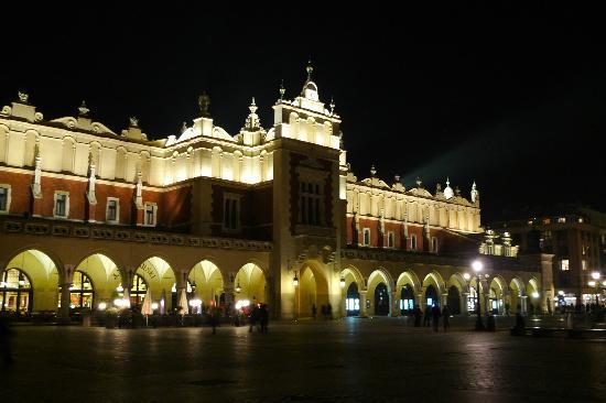 Visit Cracow - Tours