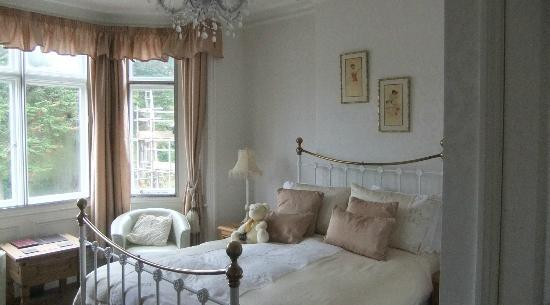 The Willows : Lovely Victorian Styled Bedroom.