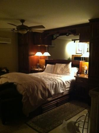 Milo's Inn and Inn at Boulder: room at Inn