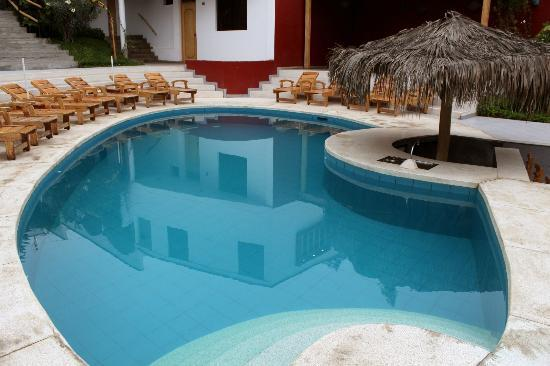 Hotel Villa Jazmin: The swimming pool