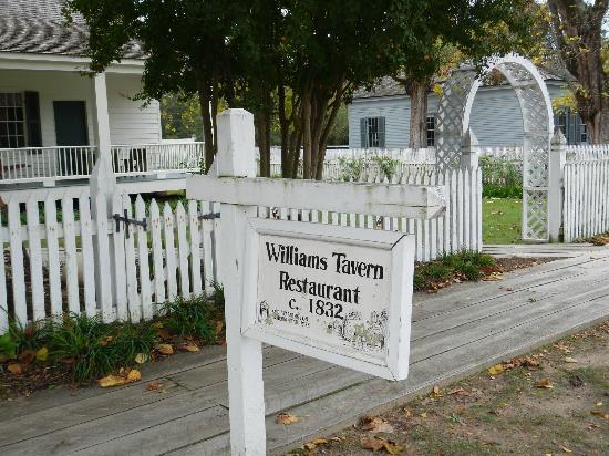 Historic Washington State Park: Williams' Tavern Restaurant