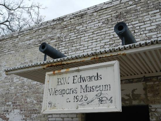 Historic Washington State Park: Weapons Museum