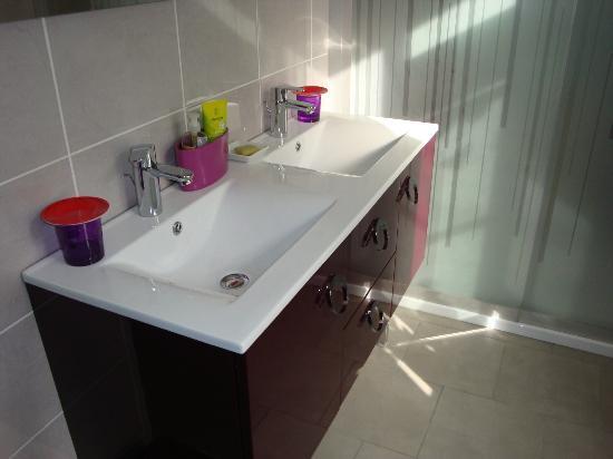 Escapade Amboisienne: salle de bain chambre Zen