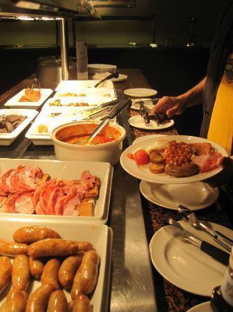 مركيور تشيستر أبوتس ويل هوتل: Breakfast Buffet 