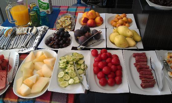 Kumru Hotel: fresh breakfast options