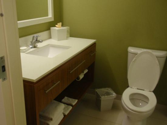 Home2 Suites by Hilton Lexington Park Patuxent River Nas, Md: Bathroom